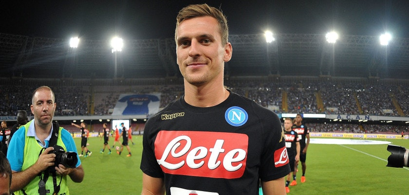 NAPLES, ITALY - AUGUST 01: Arkadiusz Milik smiles during the pre-season friendly match between SSC Napoli and OGC Nice at Stadio San Paolo on August 1, 2016 in Naples, Italy.  (Photo by Francesco Pecoraro/Getty Images)