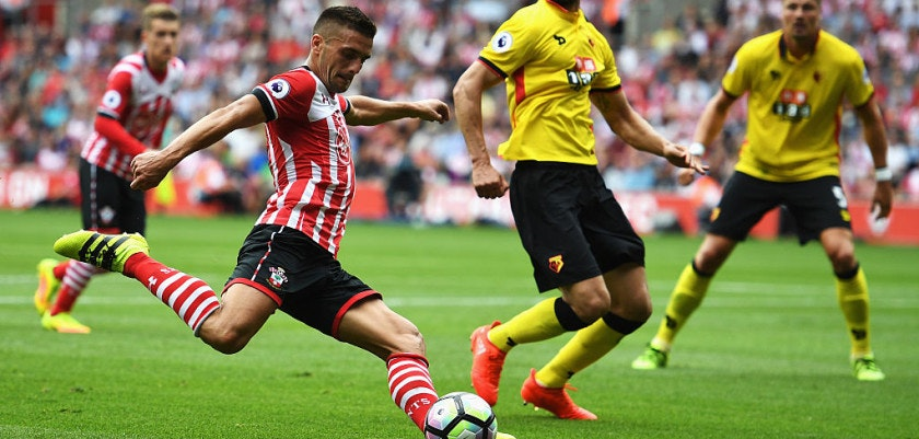 SOUTHAMPTON, ENGLAND - AUGUST 13:  Dusan Tadic of Southampton shoots during the Premier League match between Southampton and Watford at St Mary's Stadium on August 13, 2016 in Southampton, England.  (Photo by Mike Hewitt/Getty Images)