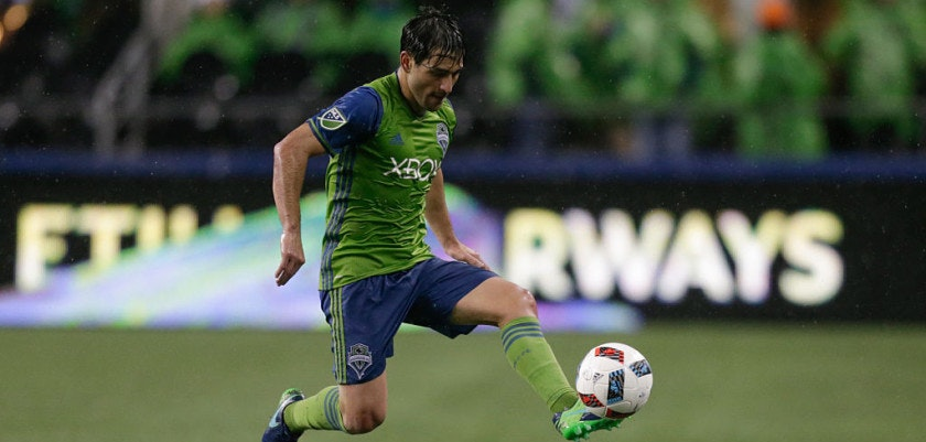 SEATTLE, WA - NOVEMBER 22: Nicolas Lodeiro #10 of the Seattle Sounders gets control of the ball during a match against the Colorado Rapids in the first leg of the Western Conference Finals at CenturyLink Field on November 22, 2016 in Seattle, Washington. The Sounders won the match 2-1. (Photo by Stephen Brashear/Getty Images)