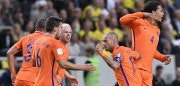 Netherlands' midfielder Wesley Sneijder (2ndR) celebrates with his teammates after scoring during the WC 2018 football qualification match between Sweden and Netherland in Solna, on September 6, 2016. / AFP / JONATHAN NACKSTRAND        (Photo credit should read JONATHAN NACKSTRAND/AFP/Getty Images)