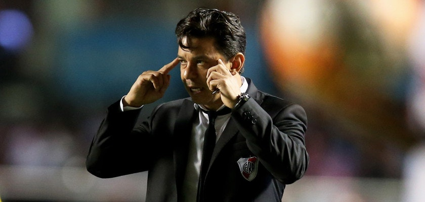 SAO PAULO, BRAZIL - APRIL 13:  Head coach Marcelo Gallardo of River Plate gives advise during a match between Sao Paulo and River Plate as part of Group 1 of Copa Bridgestone Libertadores at Morumbi Stadium on April 13, 2016 in Sao Paulo, Brazil.  (Photo by Friedemann Vogel/Getty Images)