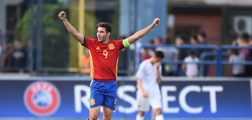Abel Ruiz of Spain celebrates following his side's victory during their UEFA European Under-17 Championship Quarter-final match