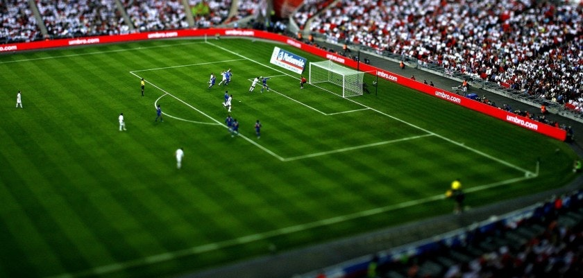 football_game_field_tribune_gate_spectators_11418_1920x1080
