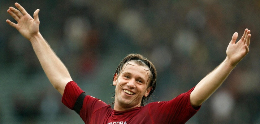 ROME, ITALY:  AS Roma's striker Antonio Cassano celebrates after scores his third goal against Siena during their Serie A soccer match at Olympic stadium in Rome 22 February 2004.  AFP PHOTO/ Vincenzo PINTO  (Photo credit should read VINCENZO PINTO/AFP/Getty Images)