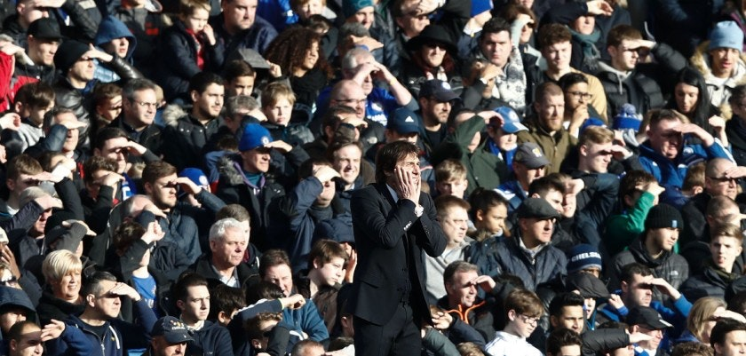 TOPSHOT - Chelsea's Italian head coach Antonio Conte reacts on the touchline during the English Premier League football match between Chelsea and Arsenal at Stamford Bridge in London on February 4, 2017. / AFP / Adrian DENNIS / RESTRICTED TO EDITORIAL USE. No use with unauthorized audio, video, data, fixture lists, club/league logos or 'live' services. Online in-match use limited to 75 images, no video emulation. No use in betting, games or single club/league/player publications.  /         (Photo credit should read ADRIAN DENNIS/AFP/Getty Images)