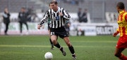 13 Feb 2000:  Zinedine Zidane of Juventus in action during the Italian Serie A game between Juventus and Lecce at the Stadio Delle Alpi in Turin, Italy. The game ended 1-0 to Juventus.  Mandatory Credit: Clive Brunskill /Allsport