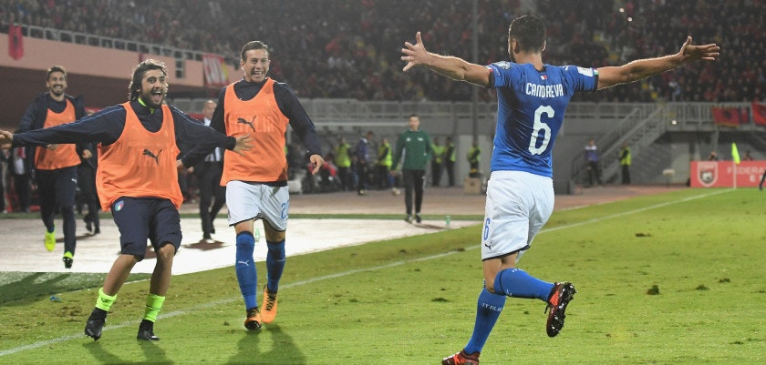 SHKODER, ALBANIA - OCTOBER 09:  Antonio Candreva of Italy celebrates after scoring the opening  goal during the FIFA 2018 World Cup Qualifier between Albania and Italy at Loro Borici Stadium on October 9, 2017 in Shkoder, Albania .  (Photo by Claudio Villa/Getty Images)
