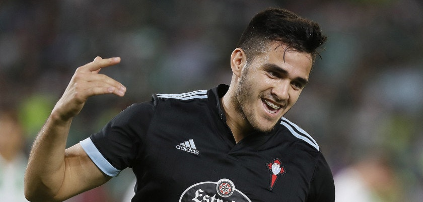 Celta's Maxi Gomez jubilates a goal against Betis during the LaLiga Santander second round match between Betis and Celta at the Benito Villamarin stadium in Seville, Andalusia, Spain, 25 August 2017. EFE/Jose Manuel Vidal