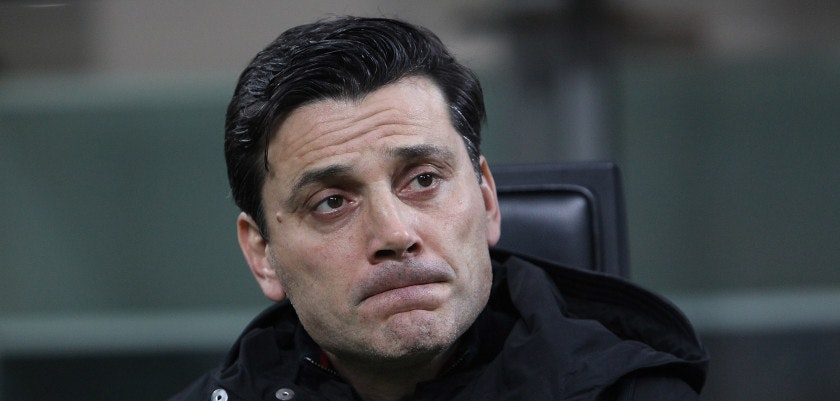 MILAN, ITALY - NOVEMBER 23:  AC Milan coach Vincenzo Montella looks on before the UEFA Europa League group D match between AC Milan and Austria Wien at Stadio Giuseppe Meazza on November 23, 2017 in Milan, Italy.  (Photo by Marco Luzzani/Getty Images)