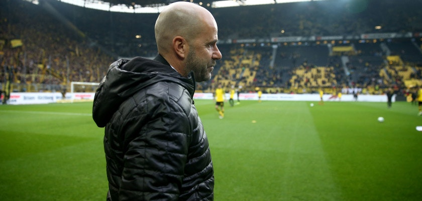 DORTMUND, GERMANY - NOVEMBER 25:  Head coach Peter Bosz of Dortmund looks thoughtful during the Bundesliga match between Borussia Dortmund and FC Schalke 04 at Signal Iduna Park on November 25, 2017 in Dortmund, Germany.  (Photo by Christof Koepsel/Bongarts/Getty Images)