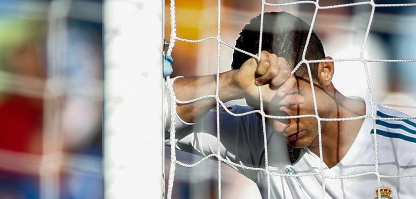 Real Madrid's Portuguese forward Cristiano Ronaldo gestures during the Spanish league football match Getafe CF vs Real Madrid CF at the Col. Alfonso Perez stadium in Getafe on October 14, 2017. / AFP PHOTO / OSCAR DEL POZO        (Photo credit should read OSCAR DEL POZO/AFP/Getty Images)