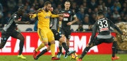 Juventus' forward from Argentina Gonzalo Higuain (C) fights for the ball with Napoli's midfielder from Brazil Jorginho, Napoli's defender from France Kalidou Koulibaly (L) and Napoli's defender from Spain Raul Albiol (R) during the Italian Serie A football match Napoli vs Juventus on December 1, 2017 at the San Paolo stadium in Naples.  / AFP PHOTO / CARLO HERMANN        (Photo credit should read CARLO HERMANN/AFP/Getty Images)