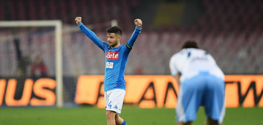 NAPLES, ITALY - FEBRUARY 10: Lorenzo Insigne player of SSC Napoli celebrate the victory, beside the disappointment of a player of SS Lazio after the serie A match between SSC Napoli and SS Lazio at Stadio San Paolo on February 10, 2018 in Naples, Italy.  (Photo by Francesco Pecoraro/Getty Images)