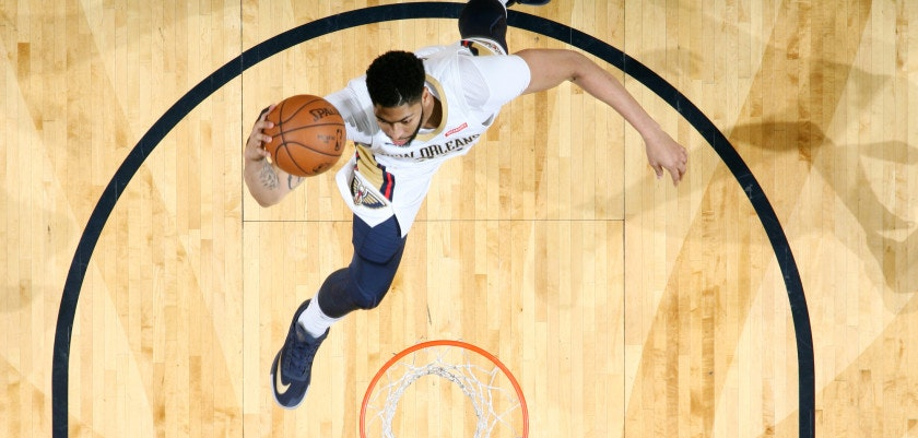 NEW ORLEANS, LA - MARCH 11:  Anthony Davis #23 of the New Orleans Pelicans dunks the ball during the game against the Utah Jazz on March 11, 2018 at the Smoothie King Center in New Orleans, Louisiana. NOTE TO USER: User expressly acknowledges and agrees that, by downloading and or using this Photograph, user is consenting to the terms and conditions of the Getty Images License Agreement. Mandatory Copyright Notice: Copyright 2018 NBAE (Photo by Layne Murdoch/NBAE via Getty Images)
