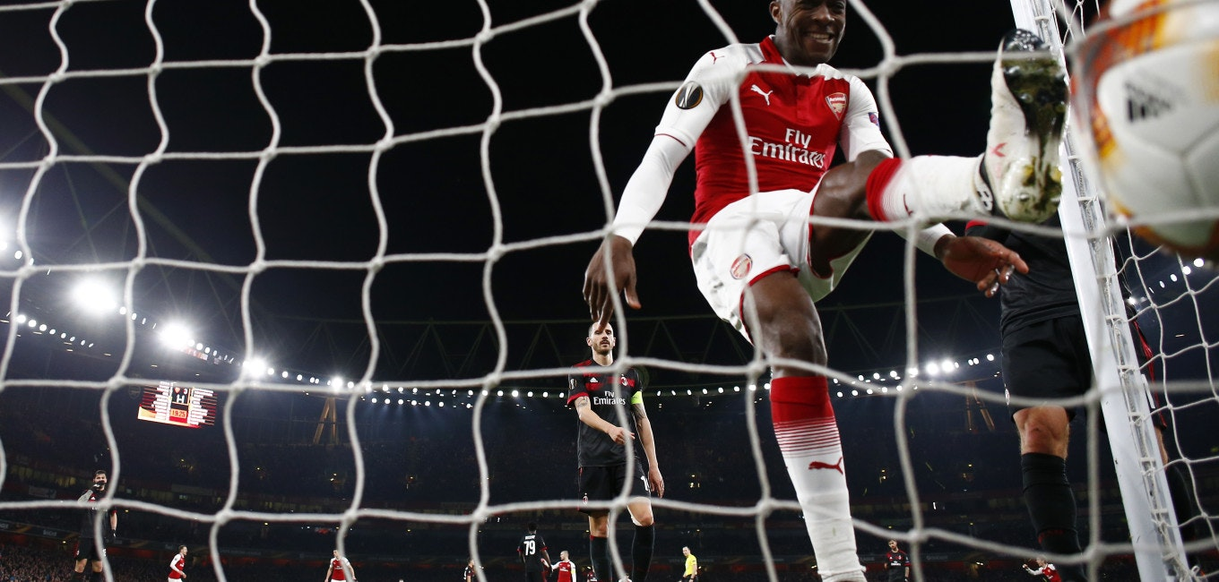 LONDON, ENGLAND - MARCH 15:  Danny Welbeck of Arsenal celebrates after Granit Xhaka scores the second goal during the UEFA Europa League Round of 16 Second Leg match between Arsenal and AC Milan at Emirates Stadium on March 15, 2018 in London, England.  (Photo by Julian Finney/Getty Images)