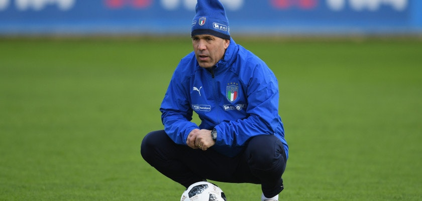 FLORENCE, ITALY - MARCH 19:  Head coach Italy Luigi Di Biagio reacts during a training session at Centro Tecnico Federale di Coverciano on March 19, 2018 in Florence, Italy.  (Photo by Claudio Villa/Getty Images)