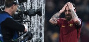 AS Roma's Italian midfielder Daniele De Rossi celebrates his team's victory at the end of the UEFA Champions League quarter-final second leg football match between AS Roma and FC Barcelona at the Olympic Stadium in Rome on April 10, 2018. / AFP PHOTO / Filippo MONTEFORTE        (Photo credit should read FILIPPO MONTEFORTE/AFP/Getty Images)