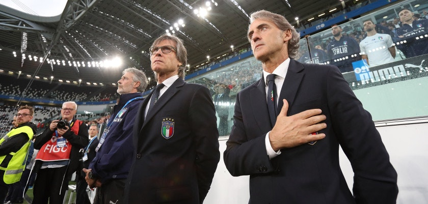 TURIN, ITALY - JUNE 04:  Head coach of Italy Roberto Mancini sings the national anthem during the International Friendly match between Italy and Netherlands at Allianz Stadium on June 4, 2018 in Turin, Italy.  (Photo by Marco Luzzani/Getty Images)