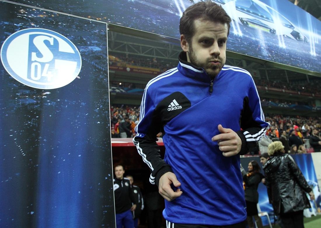 Barnetta allo Schalke