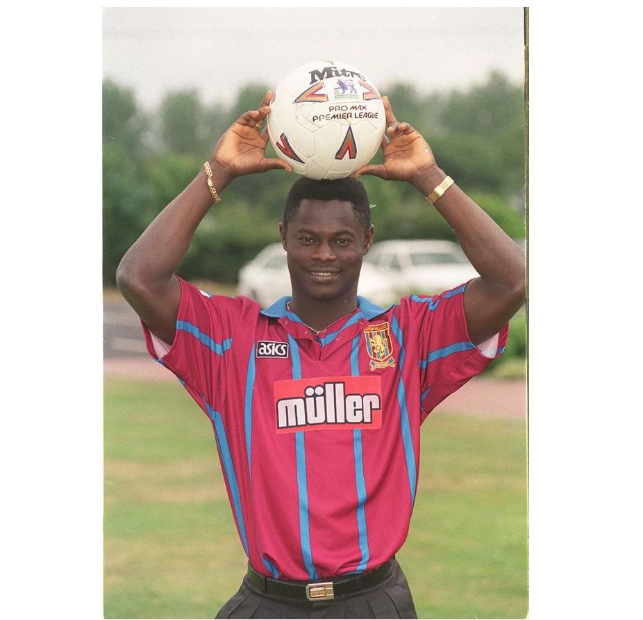 Nii-Lamptey-of-Aston-Villa-in-1994