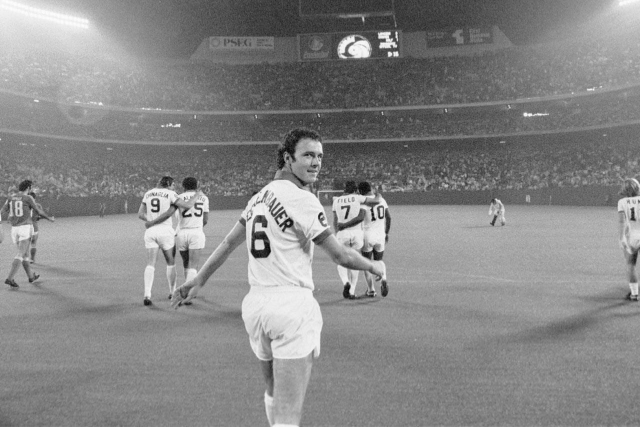 Cosmos 77 Home Back Franz Beckenbauer, Lancers