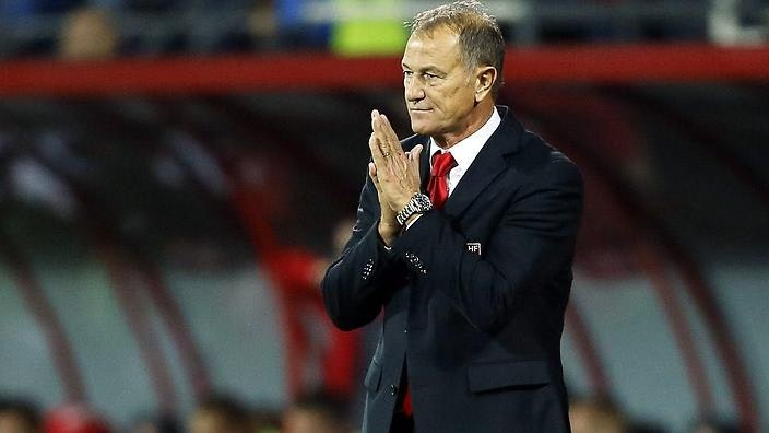 epa04969736 Albania's head coach Giovanni De Biasi reacts during the UEFA EURO 2016 qualifying group I soccer match between Albania and Serbia in Elbasan, Albania, 08 October 2015. Serbia won 2-0. EPA/ARMANDO BABANI