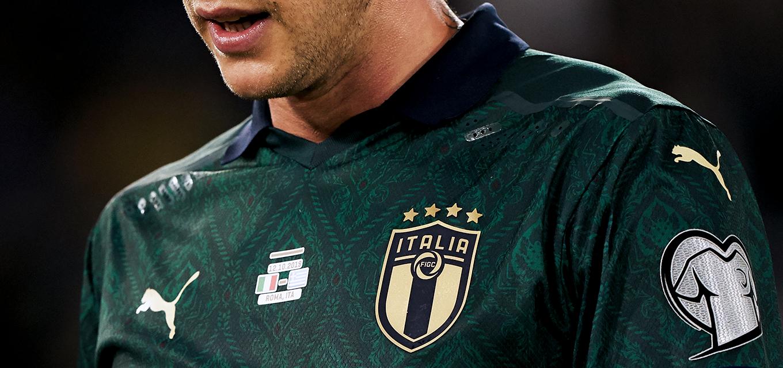 L'Italia in verde e altre maglie scandalose per le nazionali | L ...